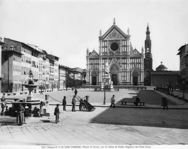 Santa Croce square in the times when Florence was Italy's capital