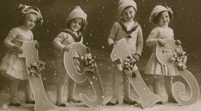 New Year greetings postcard, sent in 1913 (b/w photo), French Photographer, (20th century)