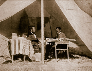 STC354349 The Last Interview between President Lincoln and General McClellan at Antietam, 1862 (b/w photo) by Mathew Brady & Studio/ The Stapleton Collection