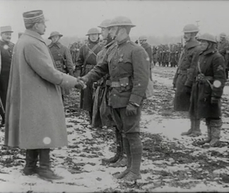 The French award American soldiers with medals, 1918 / Netherlands Institute for Sound and Vision / Bridgeman