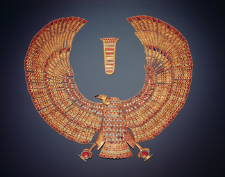 Collar in the form of the vulture goddess Nekhbet, from the tomb of Tutankhamun (c. 1370-1352 BC) (gold inlaid with semi-precious stones) / Boltin Picture Library
