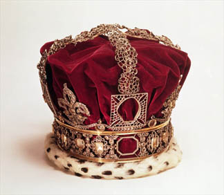 MOL227084 Queen Victoria's Imperial state crown by English School, (19th century) © Museum of London, UK