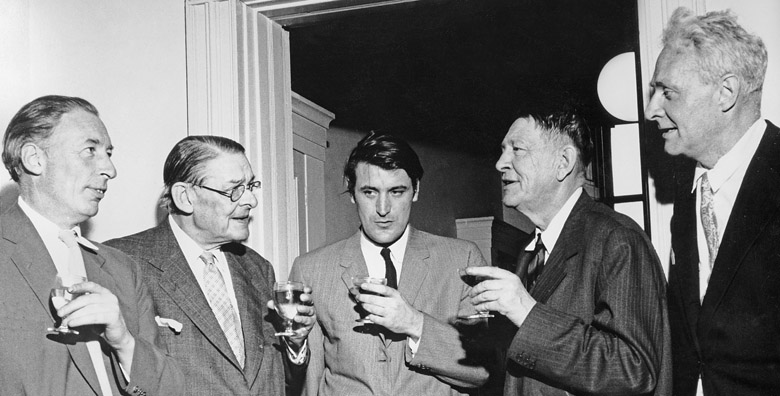 The Faber Poets. Louis McNeice, T.S. Eliot, Ted Hughes, W.H.Auden, Stephen Spender, 1960 (photo) Photo © Mark Gerson
