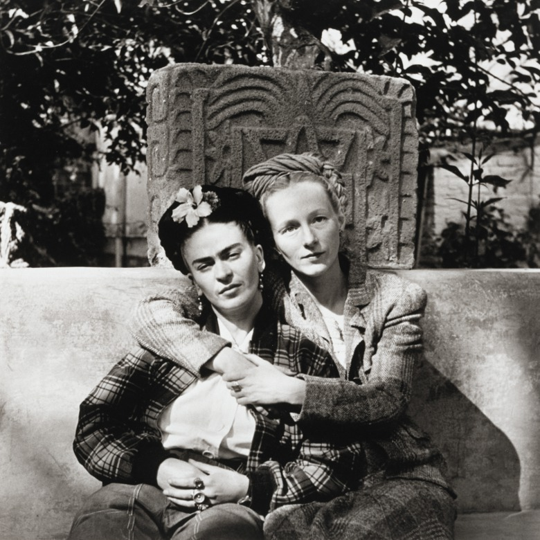 Frida Kahlo and Emmy Lou Packard, Mexico, 1941 / Diego Rivera and Emmy Lou Packard / Museum of Fine Arts, Houston / museum purchase with funds provided in h honor of Peter C. Marzio / Bridgeman Images