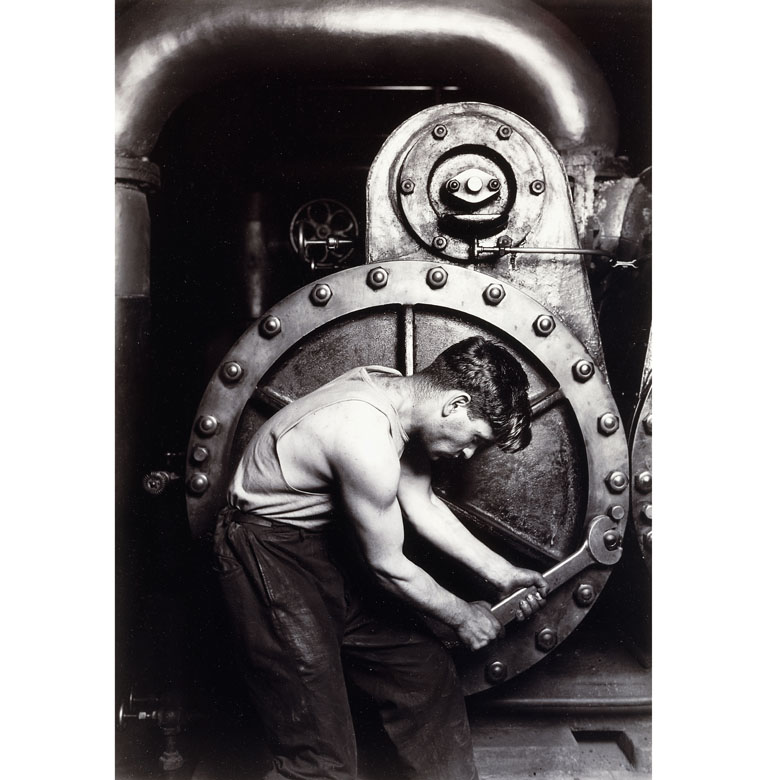 Powerhouse Mechanic, c.1924; 1930s (gelatin silver print), Lewis Wickes Hine (1874-1940) / Private Collection / Photo © Christie's Images / Bridgeman Images