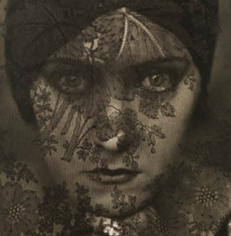 Gloria Swanson, New York, 1924 by Edward Steichen (1879-1973) / The Israel Museum, Jerusalem, Israel / The Noel and Harriette Levine Collection