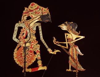 BAL1438 The Sage Begawan Bisma and a maid servant, Indonesia, 19th century (puppets of painted hide)</BR>British Museum, London, UK